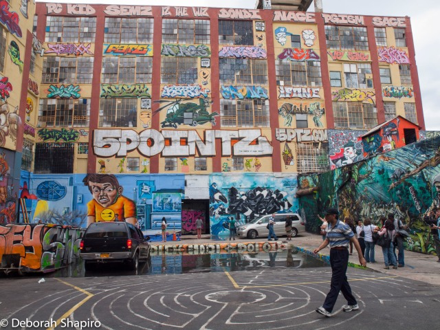 5 Pointz Building